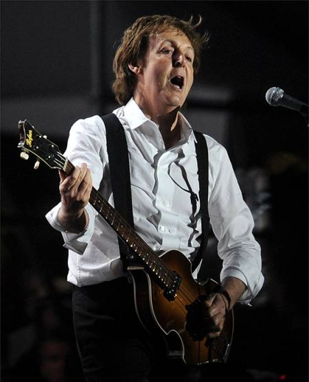paul-mccartney-ap-560